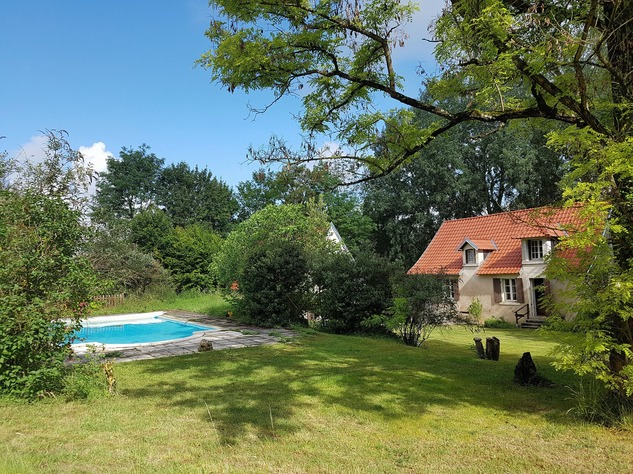 Beautiful property with pool and guest accomodation 12213
