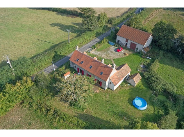 Magnificent house, rural location, with great view 10409