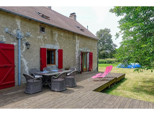 Magnificent house, rural location, with great view 10410