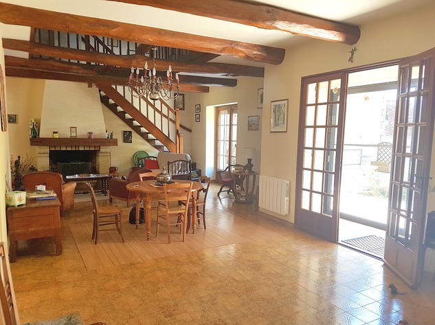 La Brenne, Indre 36: lovely village house with big garage 13616