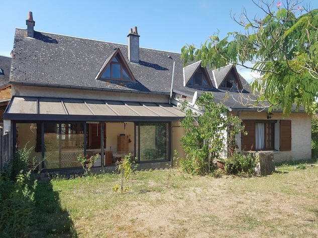 La Brenne, Indre 36: lovely village house with big garage 13607