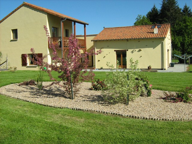 3 Bedroom Architecturally Designed House/Barn Conversion with beautiful Countryside Views 2856