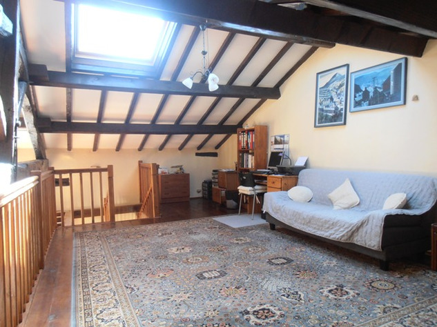 3 Bedroom Architecturally Designed House/Barn Conversion with beautiful Countryside Views 2866