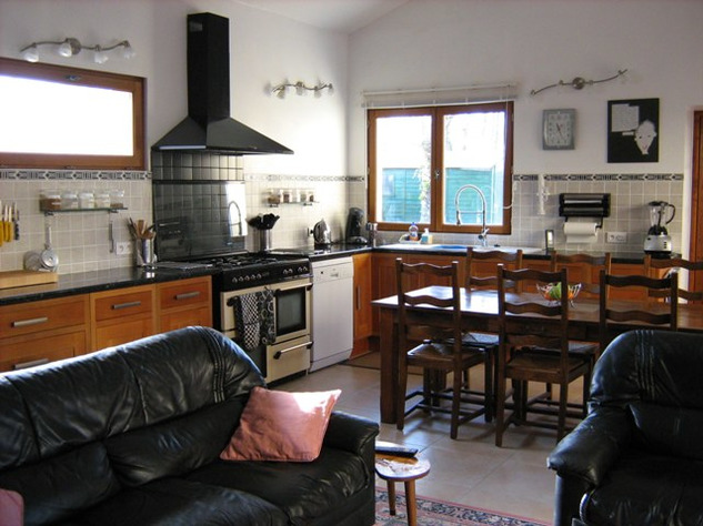 3 Bedroom Architecturally Designed House/Barn Conversion with beautiful Countryside Views 2870