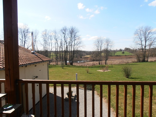 3 Bedroom Architecturally Designed House/Barn Conversion with beautiful Countryside Views 2857