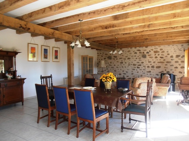 Newly Converted Barn with Attached Garden and Lovely Views 4151