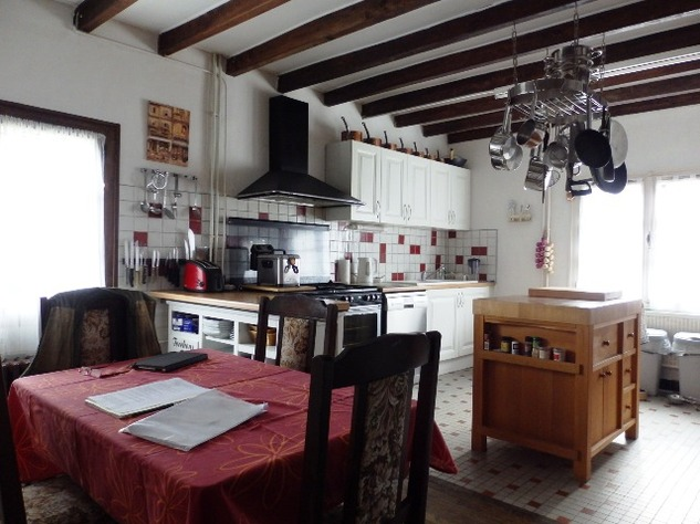 5 Bedroom B & B  or House with Gîte - set in Pretty Hamlet with Barns and Garden 4488