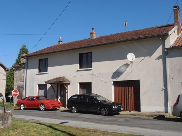 3 Bedroom Family Home with Land Suitable for Building or Small Holding/Equestrian use 5208