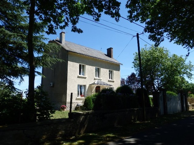 For Sale House with Outbuildings in Millac in the Vienne 5750