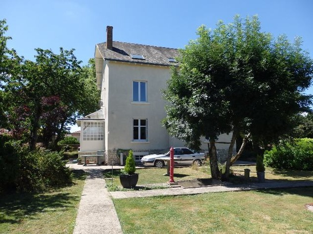 For Sale House with Outbuildings in Millac in the Vienne 5780