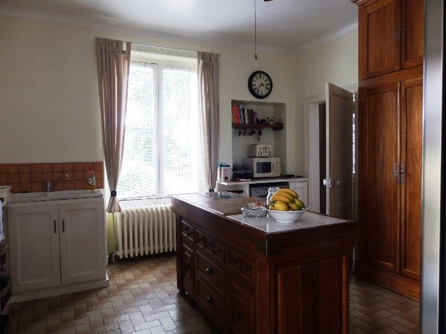 For Sale House with Outbuildings in Millac in the Vienne 5754