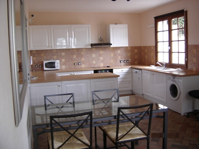 Spacious Village House, 2 Bedroom Gîte, Swimming Pool and Beautiful Countryside Views 6841