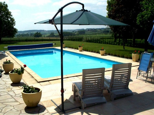 Spacious Village House, 2 Bedroom Gîte, Swimming Pool and Beautiful Countryside Views 6830
