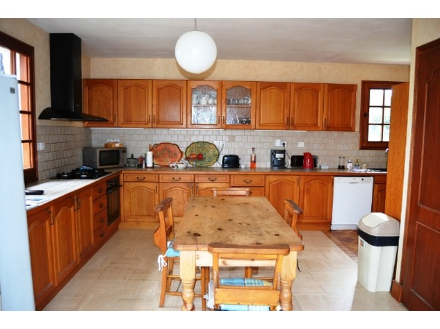 Spacious Village House, 2 Bedroom Gîte, Swimming Pool and Beautiful Countryside Views 6834