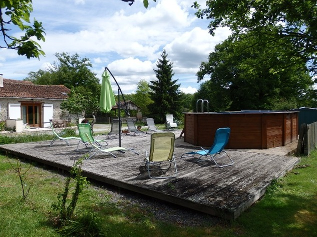 Gîtes, B&B and Camping Facility with Owner Accommodation - Amazing Opportunity 7164