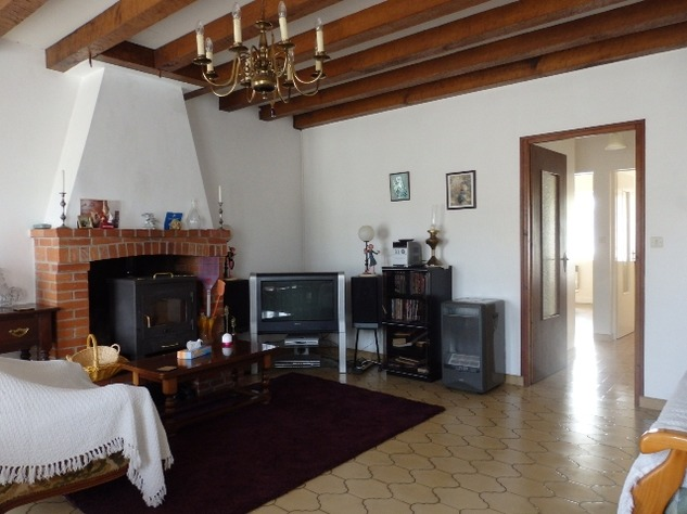 Delightful 2 Bedroom Cottage at the Edge of Little Village near Availles Limouzine 7806