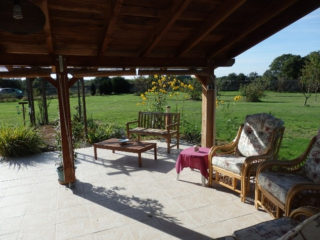 An Immaculate Bungalow in a Popular Village near Le Dorat - B & B Potential 8072