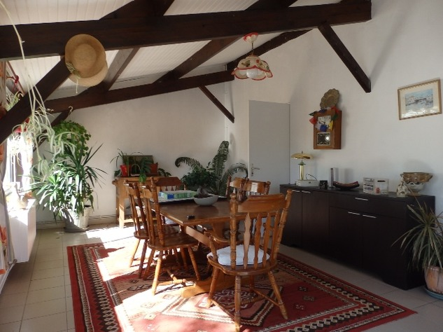 A Substantial  5 Bed House, with Gîte Potential and Views over the Vienne River 8163