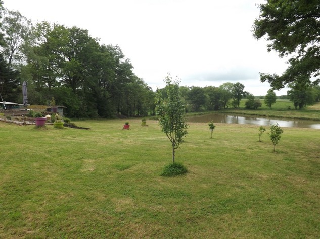 Private 3 Bed Barn Conversion, with 5.2 Acres including Lake  (Gîte/B & B Potential ) 8576
