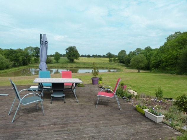 Private 3 Bed Barn Conversion, with 5.2 Acres including Lake  (Gîte/B & B Potential ) 8577