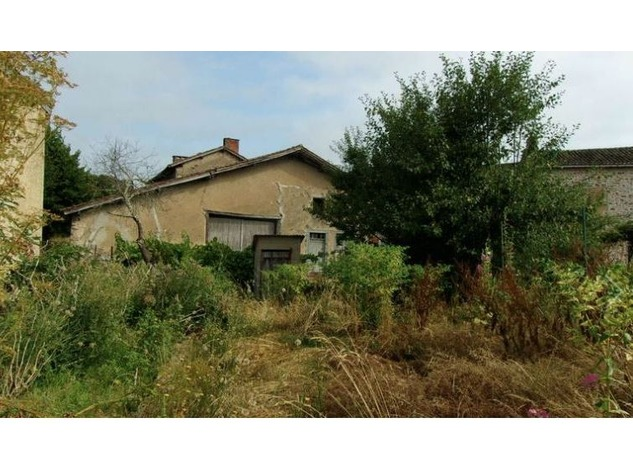 3 Bed House with Attached 1/2 Bed house for Renovation - Attached Gardens 8725
