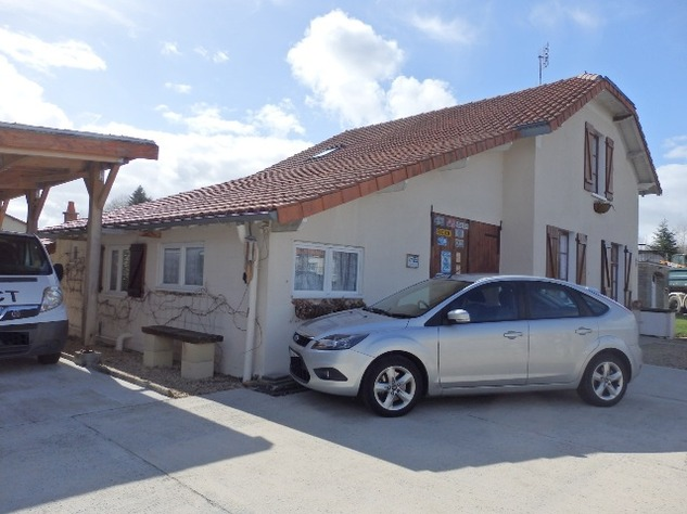 Detached Village House with Garage & Attached Gardens 9238