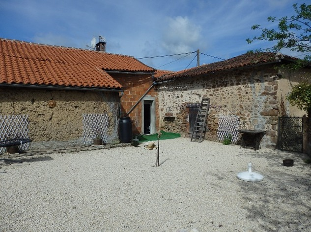 Pretty Village House with Attached Garden and 2nd House to Renovate 9500