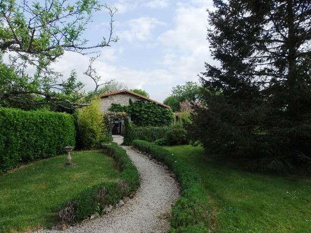 Exceptional, Fully Renovated Equestrian Home, with Beautiful Gardens and Attached Land 9485