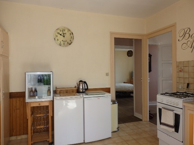 Superb 2 Bedroom Home in Pretty Riverside Village 9520