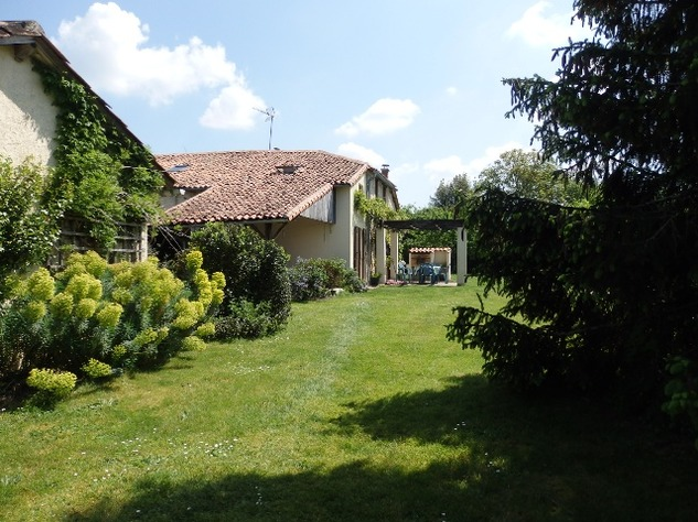 Exceptionally High Standard of Renovation on these Beautiful Houses with Gîte Potential 9591