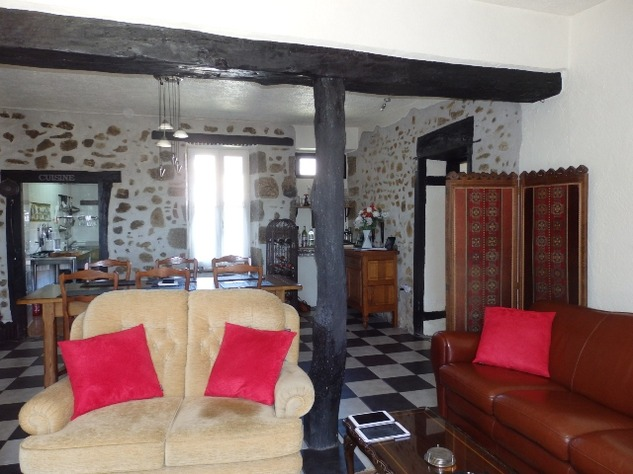 Village House with Beautiful Valley Views and Gîte Potential 9899