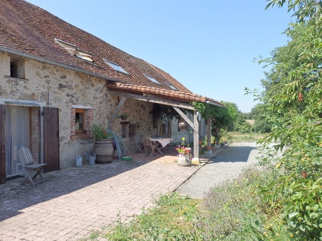 Private Smallholding (2Ha) with Swimming Pool - Business Opportunities Here! 10356