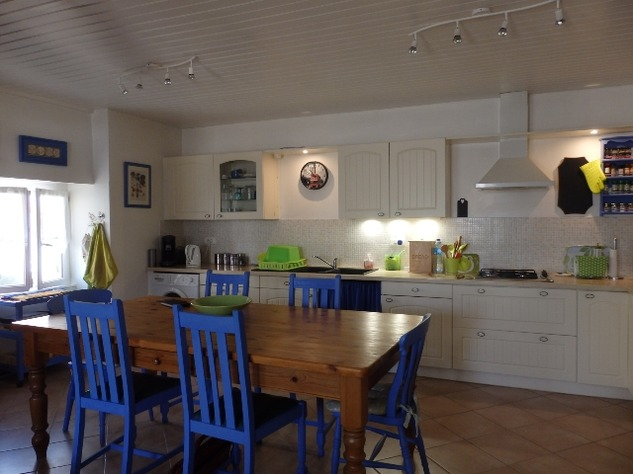 Simply Stunning 3 Bedroom Cottage with Bread Oven, Outbuildings, Garden & Garage 10393