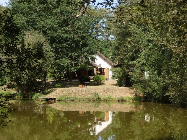 Breath-Taking Private Lake with 3 Bedroom House and Gîte Opportunity - Near St Junien 10584