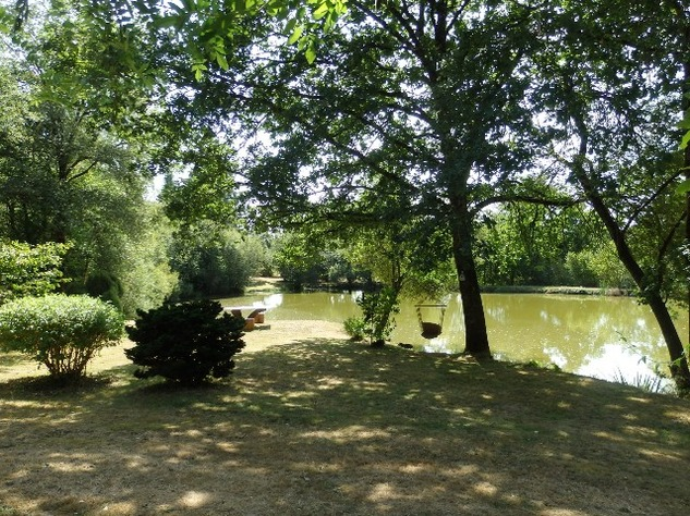 Breath-Taking Private Lake with 3 Bedroom House and Gîte Opportunity - Near St Junien 10563