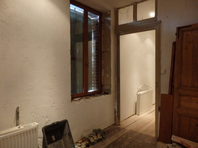 3 Bed House, Partially Renovated with Attached Garden in Popular Village. 10848