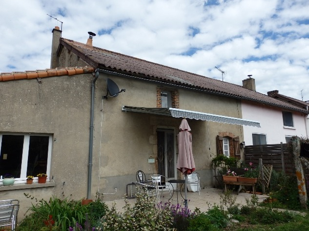 2 Bedroom Village House with Garage and Lovely Attached Gardens 10714