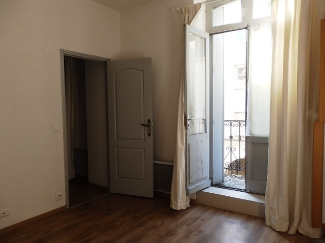 1 Bedroom Apartment with Balcony 10942