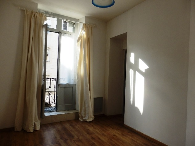 1 Bedroom Apartment with Balcony 10948