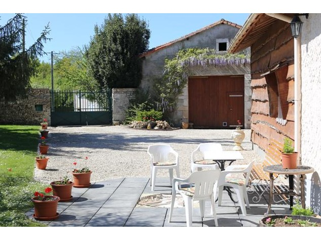 The Old Presbytery an Exceptional Property with 4 Bedrooms and Private Mature Gardens 11139
