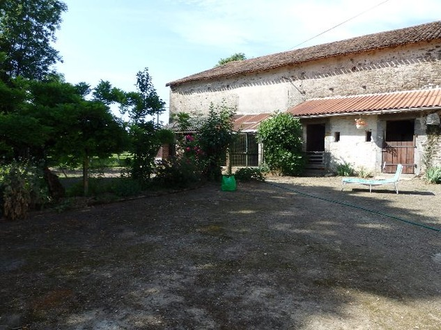 5 Bedroom Equestrian/Small Holding Property - Excellent Price 11193
