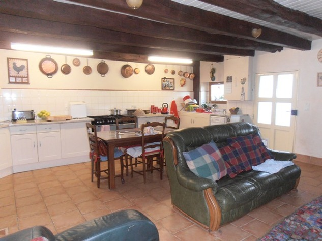 5 Bedroom Equestrian/Small Holding Property - Excellent Price 11197