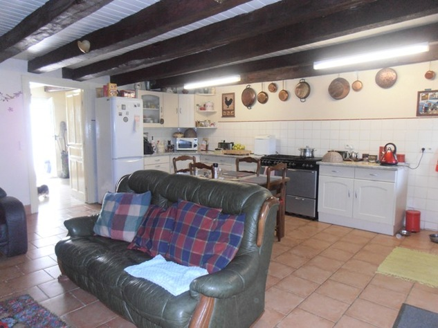 5 Bedroom Equestrian/Small Holding Property - Excellent Price 11198
