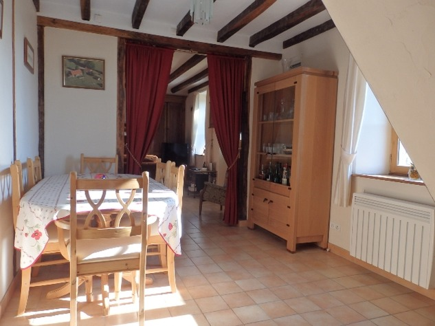 Well Renovated House in a Pleasant Hamlet – Barn/Workshop/Swimming Pool. 11393