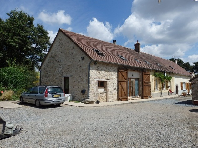 Exceptional 5 Bed House, with 2 Bed Gite, In ground Pool and Land 11691