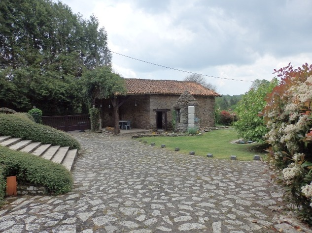 Magnificent Home with Gîte - Charente - Nouvelle Aquitaine 12169