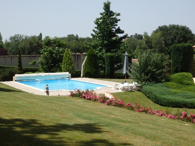Exceptional Home with Guest Annexe and Pool in Civray-Vienne 12450