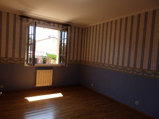 House with Beautiful Views in Availles-Limouzine - Vienne 12806