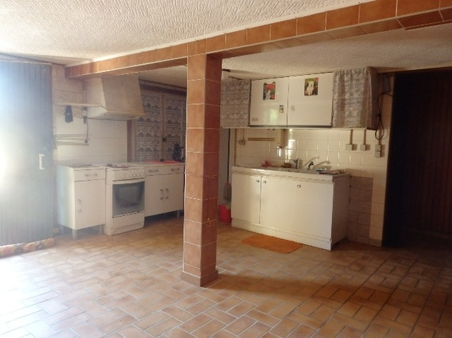 House with Beautiful Views in Availles-Limouzine - Vienne 12809