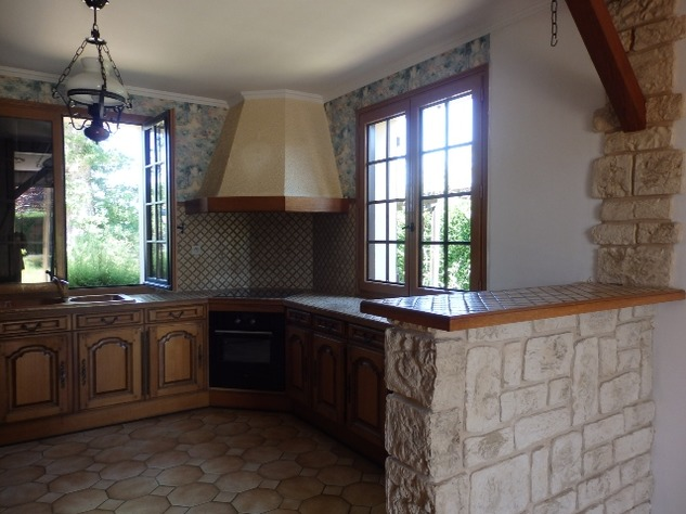 House with Beautiful Views in Availles-Limouzine - Vienne 12798